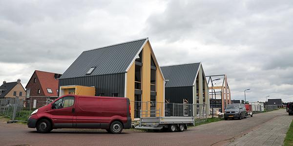 Stalen huizen krijgen snel vorm in for Staalbouw woningen
