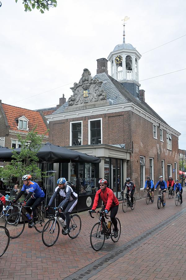 Doorkomst Friese Elfsteden Rijwieltocht